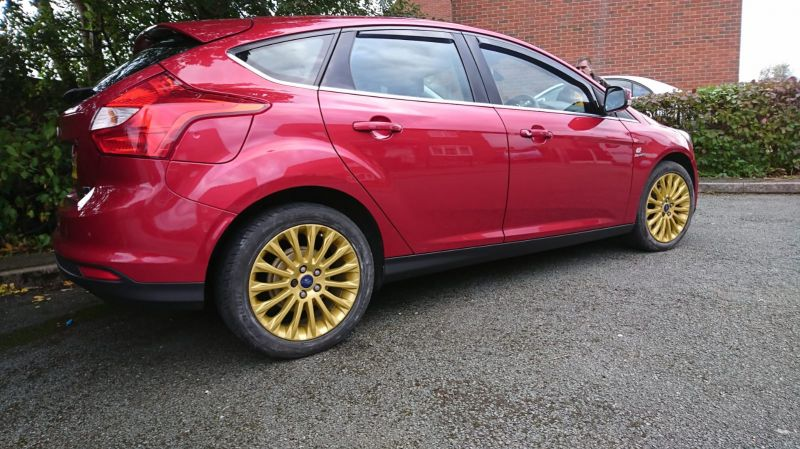 Alloy wheel colour change to fresh new gold from silver on a Ford focus in chesterfield. : Swipe To View More Images